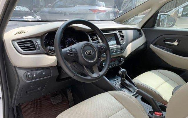 Cần bán xe Kia Rondo sản xuất 2019, màu trắng còn mới, giá chỉ 590 triệu8