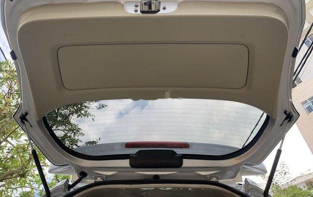 Cần bán Toyota Innova năm sản xuất 2015, giá thấp, động cơ ổn định10