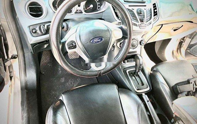 Bán xe Ford Fiesta năm 2013, xe giá thấp, động cơ ổn định 6