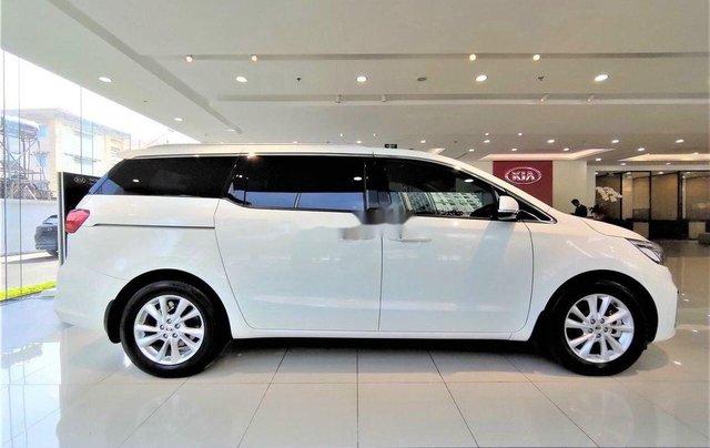 Cần bán Kia Sedona năm sản xuất 2020, giao nhanh toàn quốc2