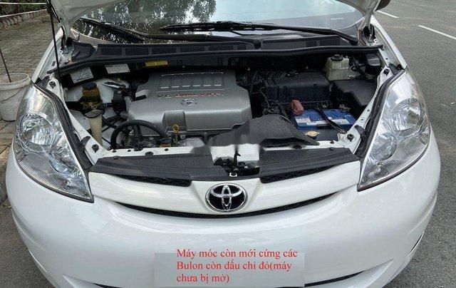 Bán Toyota Sienna năm sản xuất 2009, xe nhập còn mới1