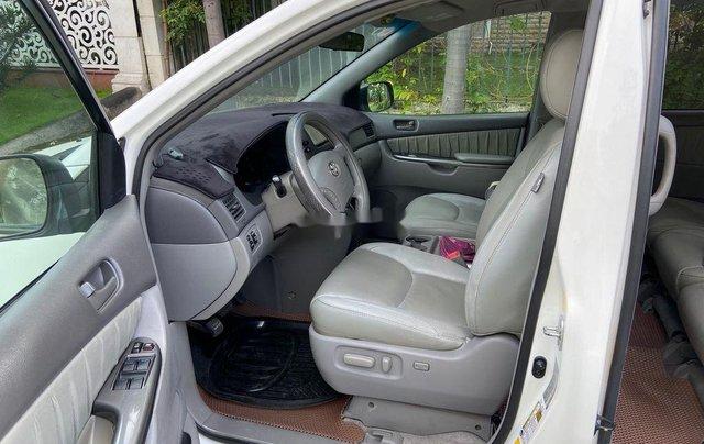 Bán Toyota Sienna năm sản xuất 2009, xe nhập còn mới10