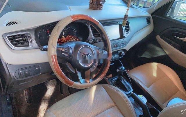 Bán xe Kia Rondo năm sản xuất 2016, màu bạc, xe nhập chính chủ, giá 460tr4