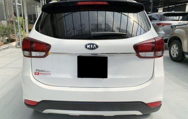 Cần bán xe Kia Rondo sản xuất 2019, màu trắng còn mới, giá chỉ 590 triệu4
