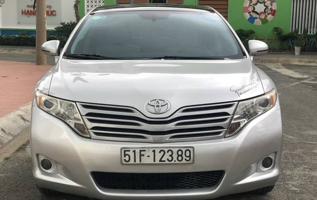 Cần bán Toyota Venza sản xuất năm 2010 còn mới, 639tr0