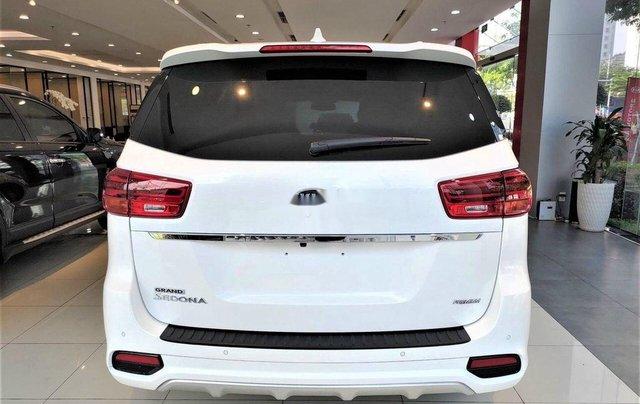 Cần bán Kia Sedona năm sản xuất 2020, giao nhanh toàn quốc1