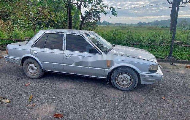 Cần bán lại xe Nissan Bluebird sản xuất 1988 giá cạnh tranh1
