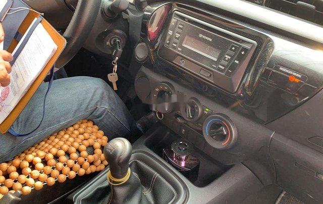 Bán nhanh chiếc Toyota Hilux năm 2020, nhập khẩu2