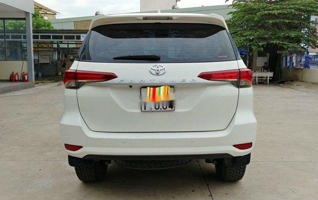 Bán Toyota Fortuner năm sản xuất 2020, màu trắng chính chủ4