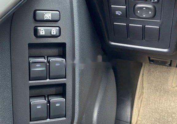 Bán xe Toyota Prado đời 2018, màu đen, xe nhập còn mới11