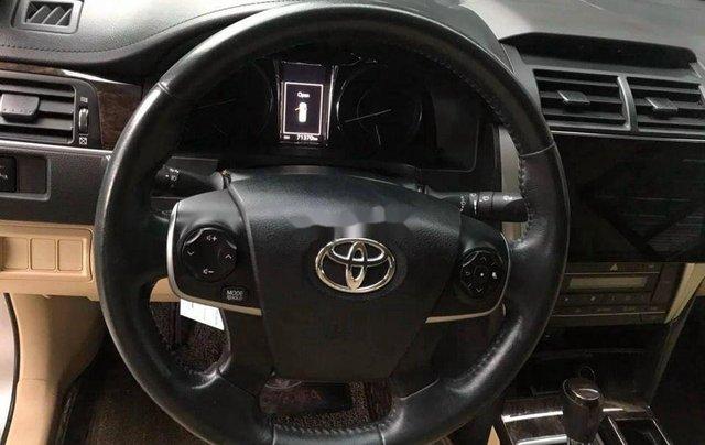 Bán Toyota Camry năm 2017, giá chỉ 818 triệu9