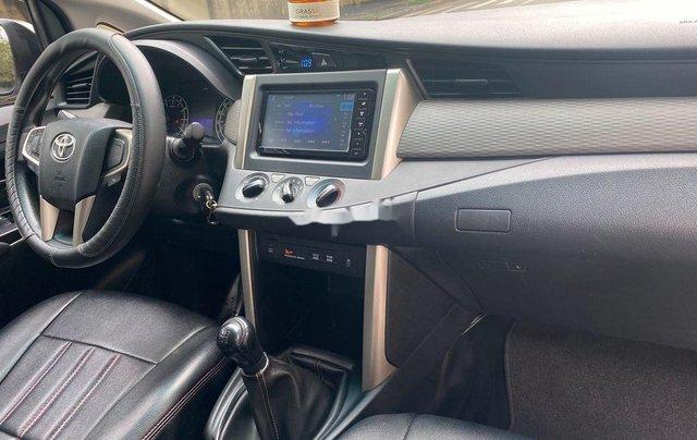 Cần bán gấp Toyota Innova sản xuất 20188