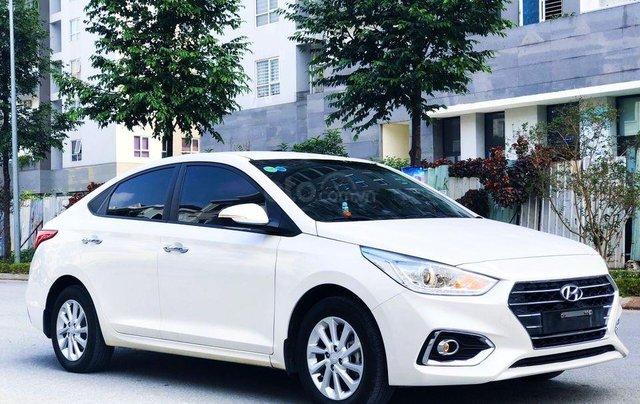 Cần bán Hyundai Accent SX 2019 màu trắng Ngọc0