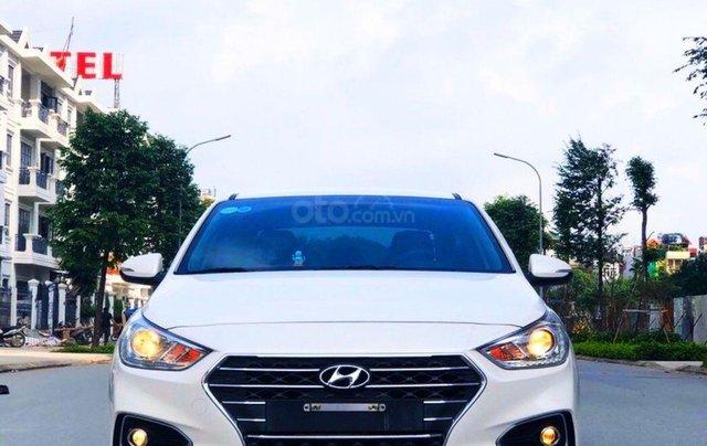 Cần bán Hyundai Accent SX 2019 màu trắng Ngọc2