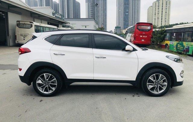 Hyundai Tucson xăng đặc biệt 2.0 AT 2018 biển Hà Nội2