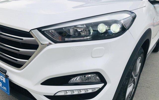Hyundai Tucson xăng đặc biệt 2.0 AT 2018 biển Hà Nội6
