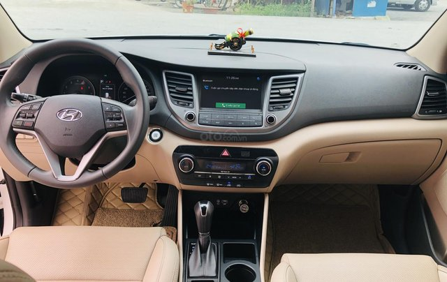 Hyundai Tucson xăng đặc biệt 2.0 AT 2018 biển Hà Nội10