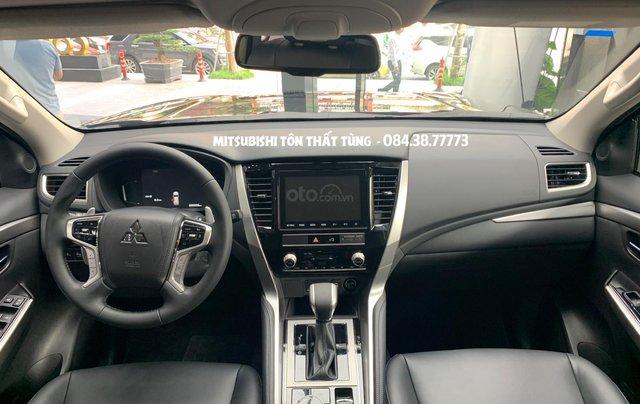 Mitsubishi Pajero Sport 2020 - Giảm tiền mặt lớn + tặng iPhone 11 Pro Max và bộ phụ kiện chính hãng3