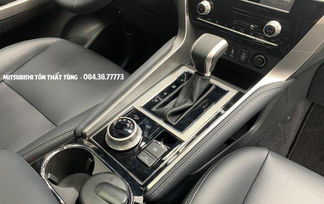 Mitsubishi Pajero Sport 2020 - Giảm tiền mặt lớn + tặng iPhone 11 Pro Max và bộ phụ kiện chính hãng6