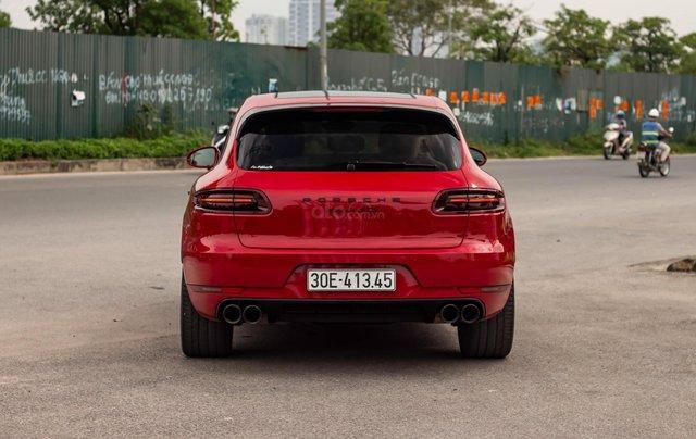 Bán xe Porsche GTS model 2017 màu đỏ1