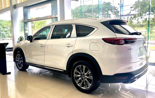 Mazda Phú Mỹ Hưng ưu đãi CX8 tặng nâng cấp gói phụ kiện và giảm lên đến 190tr3