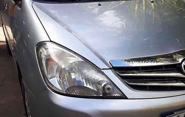 Cần bán gấp Toyota Innova năm sản xuất 2009, màu bạc còn mới, giá tốt3