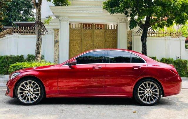 Bán xe C300 AMG SX 2017 - model 2018 màu đỏ/ nội thất đen2