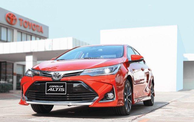 Toyota Altis 2020 - giảm giá sâu kèm nhiều PK chính hãng, tặng 2 năm bảo hiểm - giao xe ngay0
