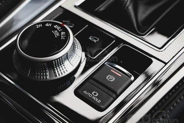 Mitsubishi Pajero Sport 2020 - Giảm tiền mặt lớn + tặng iPhone 11 Pro Max 64GB và bộ phụ kiện chính hãng7
