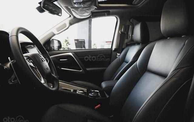 Mitsubishi Pajero Sport 2020 - Giảm tiền mặt lớn + tặng iPhone 11 Pro Max 64GB và bộ phụ kiện chính hãng9
