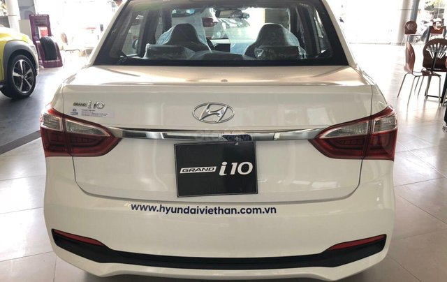 Hyundai Grand I10 1.2 Sedan, giảm 50% thuế trước bạ, quà tặng hấp dẫn2