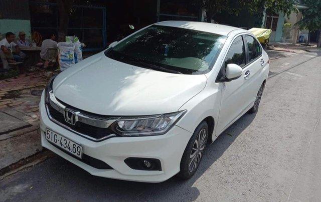 Cần bán xe Honda City 2017 bản Top, màu trắng, xe cực đẹp5