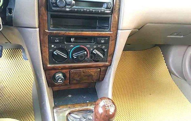 Bán Toyota Camry năm 2000, màu đen còn mới4