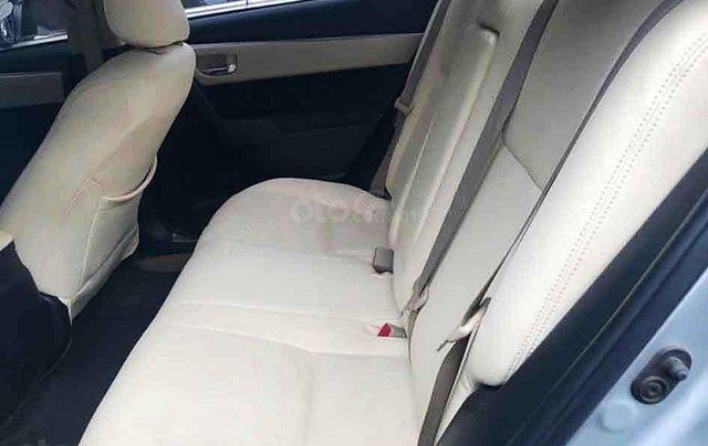 Cần bán lại xe Toyota Corolla Altis sản xuất năm 2015, màu trắng còn mới, 550tr4