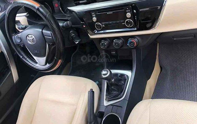 Cần bán lại xe Toyota Corolla Altis sản xuất năm 2015, màu trắng còn mới, 550tr1