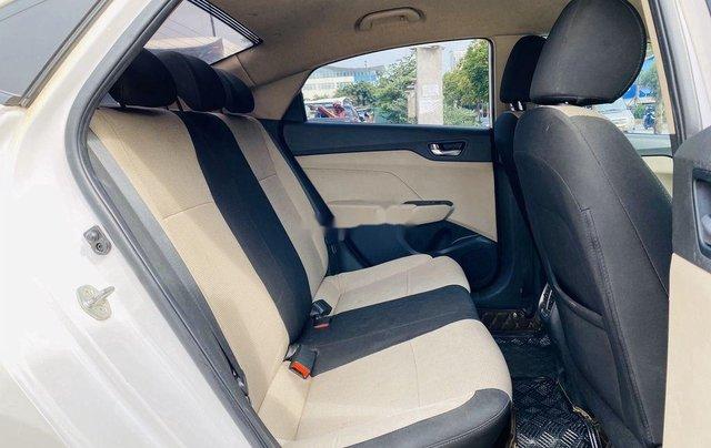 Cần bán lại xe Hyundai Accent đời 2019, màu trắng chính chủ7