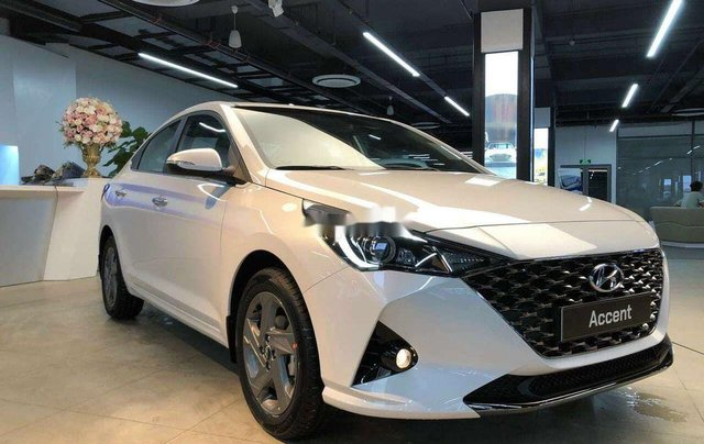 Bán xe Hyundai Accent năm sản xuất 2020, màu trắng, 600tr0