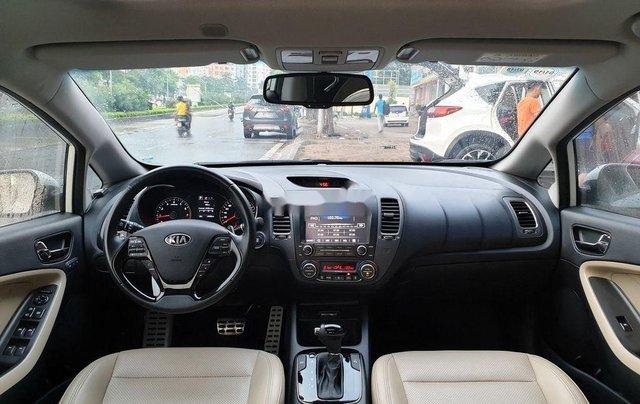 Cần bán lại xe Kia Cerato năm sản xuất 20168