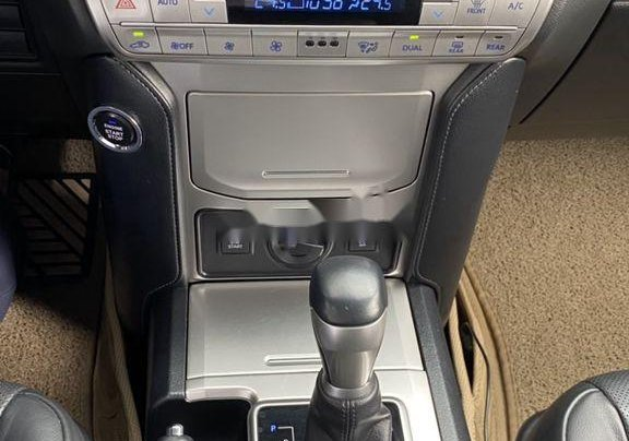 Bán xe Toyota Prado đời 2018, màu đen, xe nhập còn mới6