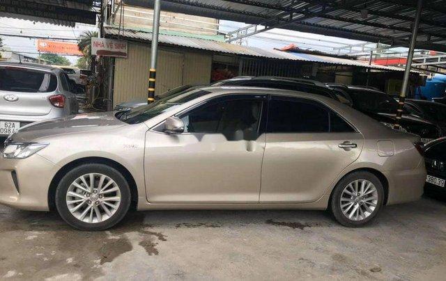 Bán Toyota Camry năm 2017, giá chỉ 818 triệu3