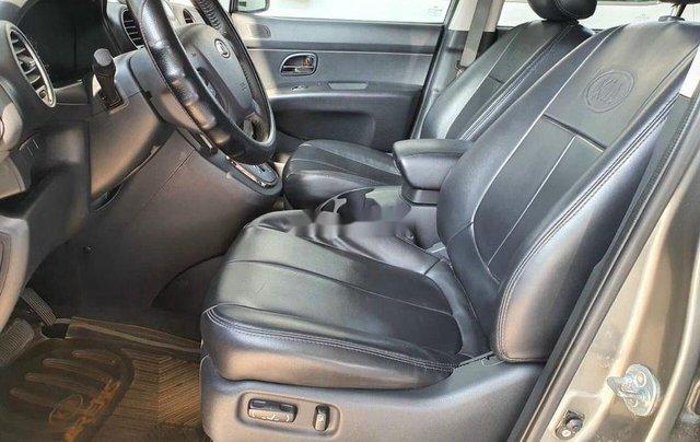 Xe Kia Carens sản xuất 2011, màu bạc5