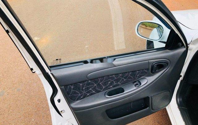 Cần bán xe Daewoo Lanos năm sản xuất 2002, nhập khẩu nguyên chiếc6