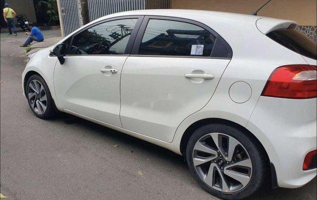 Bán ô tô Kia Rio sản xuất 2015, màu trắng, nhập khẩu nguyên chiếc1