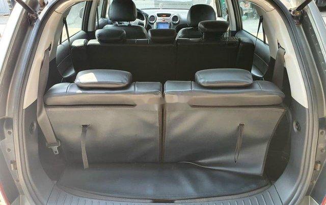 Xe Kia Carens sản xuất 2011, màu bạc8