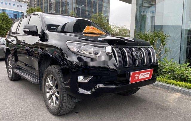 Bán xe Toyota Prado đời 2018, màu đen, xe nhập còn mới4