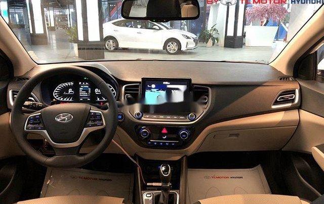 Cần bán Hyundai Accent sản xuất 2020, màu trắng, nhập khẩu nguyên chiếc3