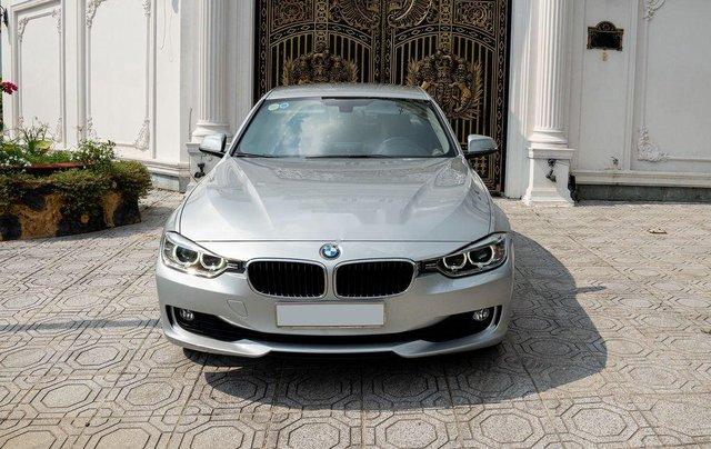 Cần bán gấp BMW 3 Series 320i đời 2015, màu bạc, xe nhập còn mới, giá tốt1