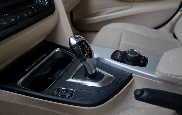 Cần bán gấp BMW 3 Series 320i đời 2015, màu bạc, xe nhập còn mới, giá tốt5