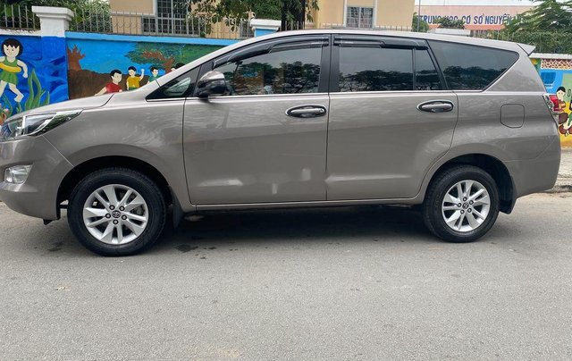Cần bán gấp Toyota Innova sản xuất 20184
