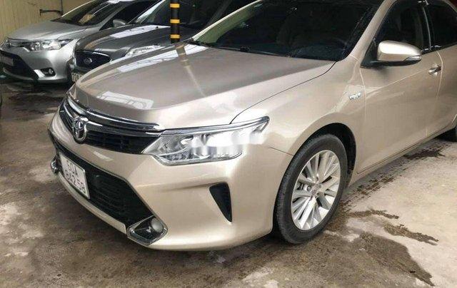 Bán Toyota Camry năm 2017, giá chỉ 818 triệu5